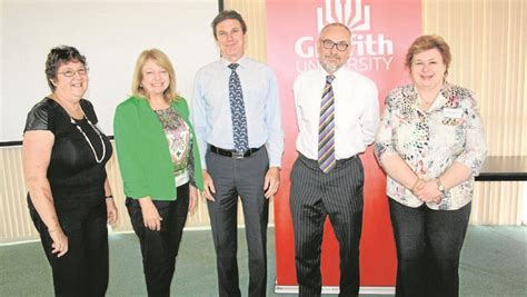 Jim Griffith Mba Cae by Students Receive 200 Bursary For Study