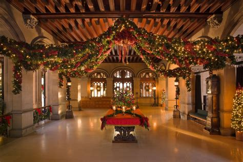 companies who decorate homes for christmas decorations at biltmore america s largest house curbed