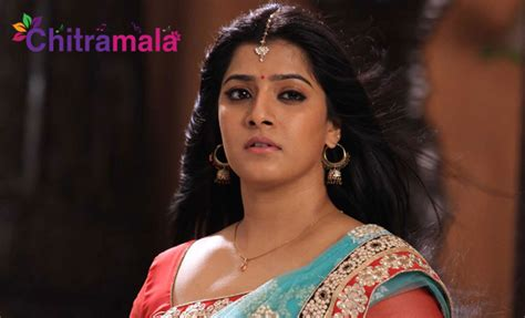 actress radhika sarathkumar net worth varalakshmi sarathkumar height weight age bio body