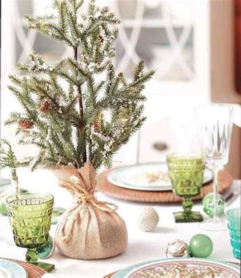 christmas decorating ideas with burlap seasonal