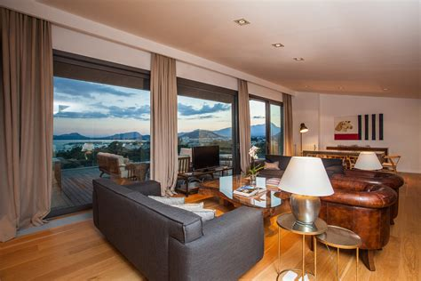 luxury 4 bed villa walking to pollensa