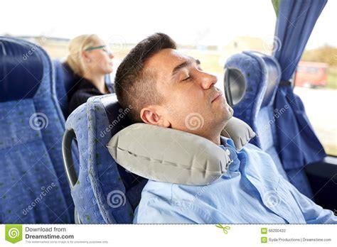 viaje en autobs 8423342352 sirva dormir en autob 250 s del viaje con la almohada cervical
