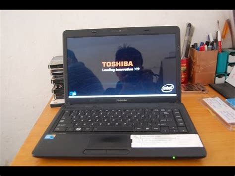 how to adjust the brightness on a toshiba laptop