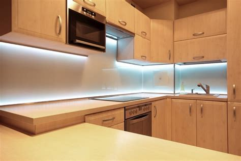 eclairage led pour cuisine 41 id 233 es pour bien 233 clairer un plan de travail ou un 238 lot