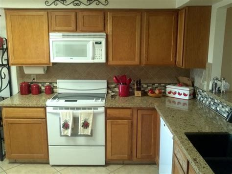 kitchen color schemes with white appliances cabinet colors
