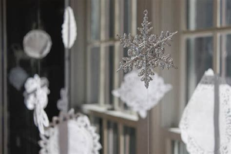 winter window decorations top 10 best window decoration ideas for top