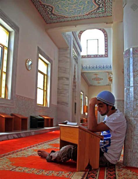 Meja Baca Al Quran 5 tips mudah tapi berkesan untuk lebih bersemangat baca al