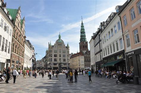 Kopenhagen Bilder by We Re In Copenhagen Denmark Luggage Only
