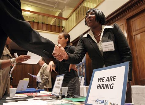 questions to ask recruiters at the career fair 1 638 jpg cb 1469555379