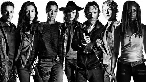 Poster Serial Tv The Walking Dead Cast 40x60cm walking dead cast comic con fear the walking dead debuts trailer the walking dead poster