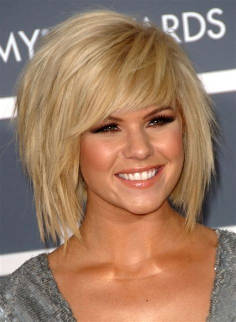 what does short choppy layers look like in medium length hair short choppy layered haircut 2018
