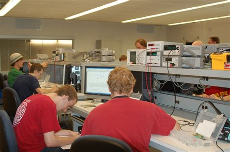 electrical circuit lab undergraduate computing laboratories electrical and
