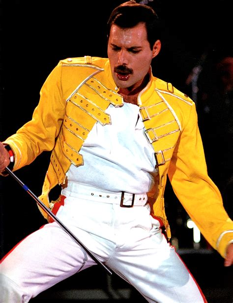 freddie mercury replica yellow jacket costume at wembley