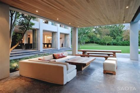 Interior Decorating In Cape Town by A Stunning House In Cape Town By Saota