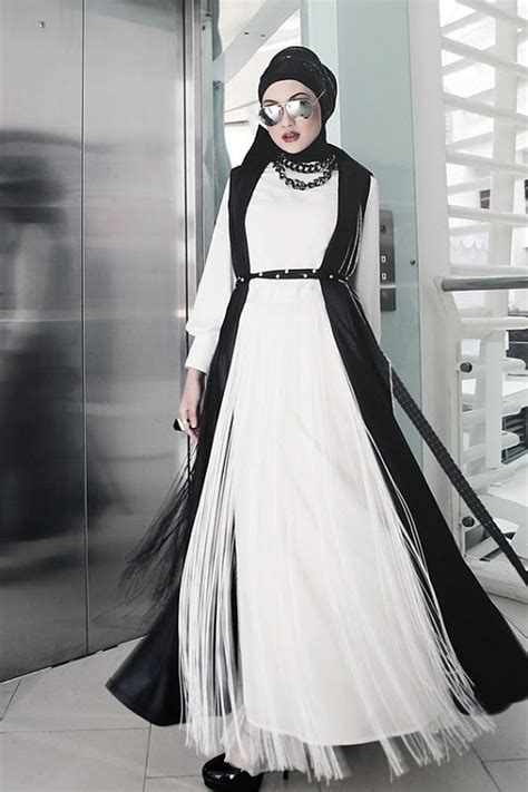 Ikn Dress Muslim Burbery black and white with for working