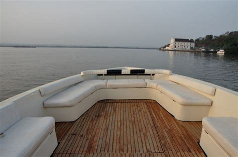 yacht goa ultimate boat boat cruise boat goa your yachting partner