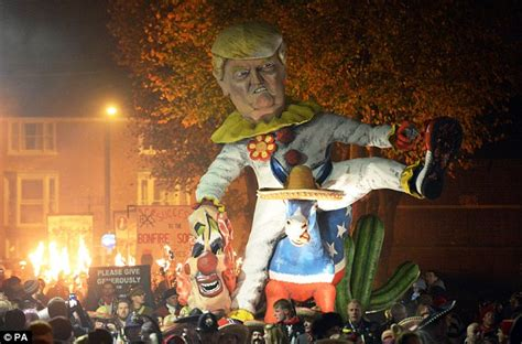 Bonfire In Lewes bonfire 2016 event in lewes will burn donald