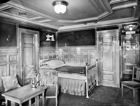 Titanic 1st Class Bedrooms by Titanic Class Suite Bedroom Titanic The Real