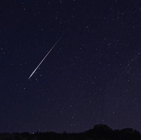 Meteoroid Showers by Perseid Meteor Shower August 2015 The Best Meteors In Years The Farmer S Almanac