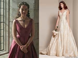 reign costumes we re currently loving ideas hq
