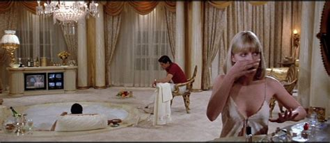 scarface bathtub scene 17 best images about movie interiors on pinterest editor