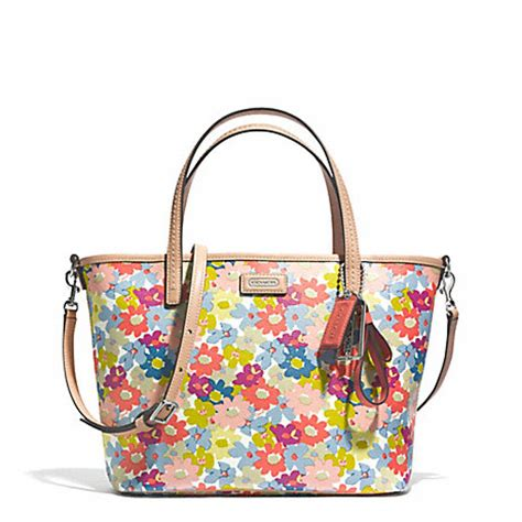 Coach Swagger 27 Applique Flower 100 Original Authentic Bag coach f29962 metro floral print small tote 30999 coach handbags