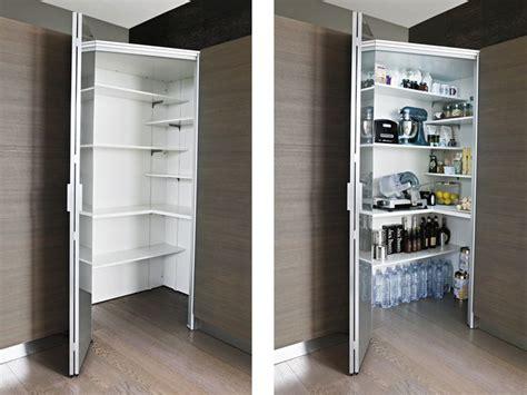 cabine armadio classiche oltre 25 fantastiche idee su dispensa ad angolo su