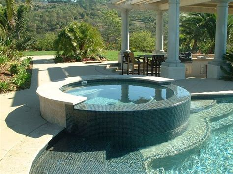 pools with spas 18 inch raised spa jpg 800 215 600 pixels home pool remodel