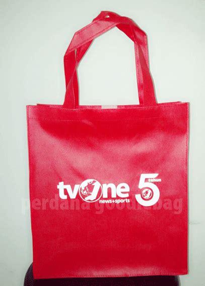 souvenir handuk untuk promosi perdana goodie bag