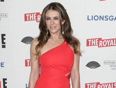 Elizabeth Hurley Isnt Getting Any More Popular by Elizabeth Hurley S Cards On Instagram Are