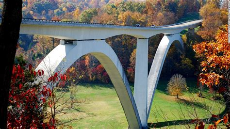 moon nashville to new orleans road trip natchez trace parkway tupelo mississippi blues trail travel guide books natchez trace parkway 6 great american road trips cnnmoney
