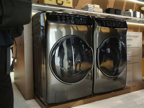 Luxury Culture 4in1 Vl27093 samsung s 4 in 1 laundry system cleans up at ces 2017 page 11 cnet