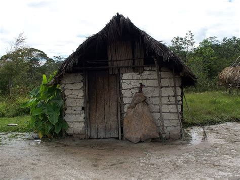 the mud house file mud house jpg wikimedia commons