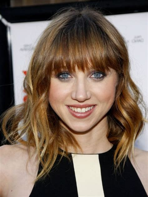 Whitney Port Cute Long Straight Hairstyle With Bangs Hairstyles,Layered Hairstyle With Side