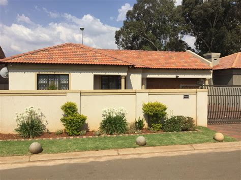 houses for sale with land property and houses for sale in vosloorus 2 26 cell property