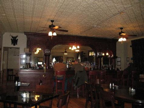 can you rent a hotel room at 18 bar dining room picture of express st hotel cimarron tripadvisor