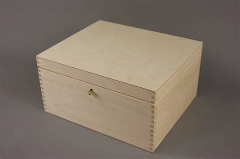 Decoupage Wooden Boxes - new lockable plain wood wooden box decoupage 29 x 25 x 15