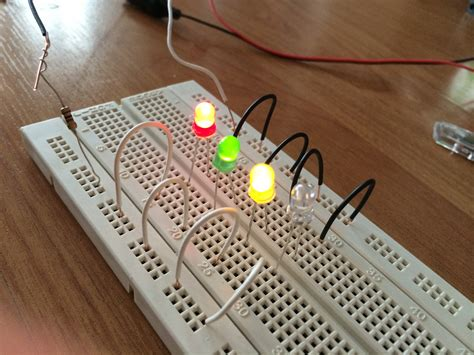 how do you place integrated circuit on breadboard how to connect a l e d in series to a breadboard