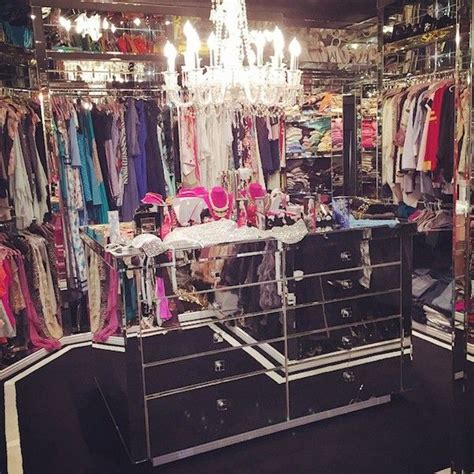 paris hilton bedroom best celebrity closets big walk in closets