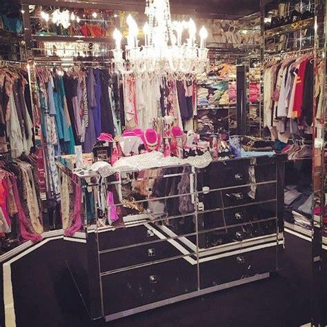 paris hilton bedroom best celebrity closets big walk in closets