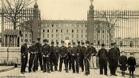 Pied De Ladaire En Bois 1917 by Les Soldats Et R 233 Giments Dans Le Conflit