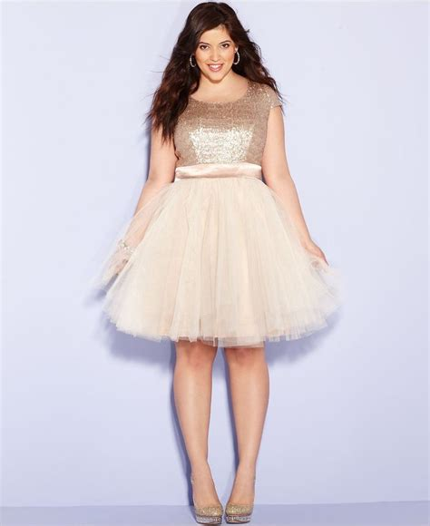 14 Top Dresses For Plus Sized by Plus Size Homecoming Dresses 14
