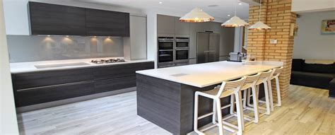 Galley Kitchens Designs Ideas Wood Kitchens From Lwk Kitchens
