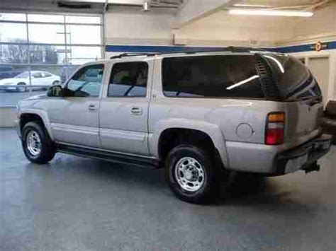service and repair manuals 2005 chevrolet suburban 2500 instrument cluster service manual 2005 chevrolet truck suburban 2500 buy used 2005 chevy suburban 2500 ls 4wd