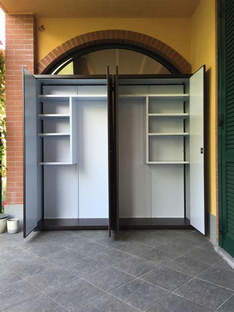armadi in alluminio per balconi armadietti per balconi armadietti per esterno usati la