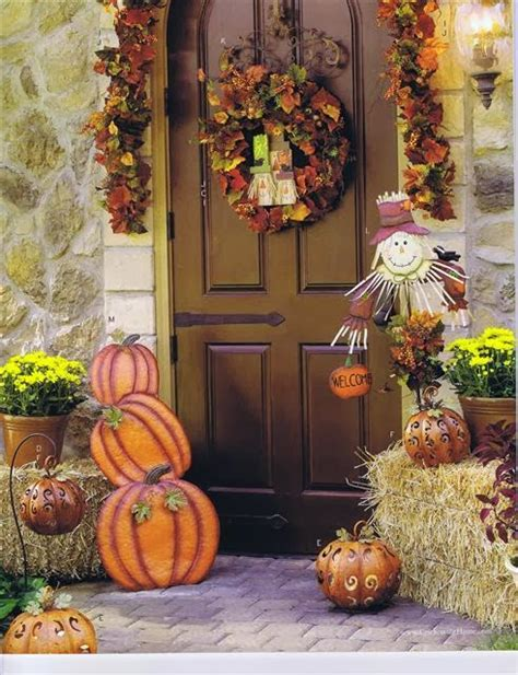 fall decorations and fall front porch decoration ideas