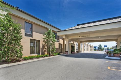 Hotels With Kitchens In Southfield Mi by Baymont Inn And Suites Southfield 13 Photos 17 Reviews