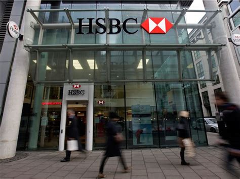 hsbc bank hsbc bank canada quietly jettisons some business clients