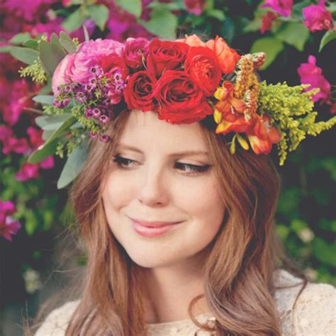 Flower Crown how to make fresh flower crowns 7 diy ideas