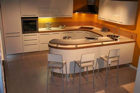 photo de cuisine am駻icaine modele de cuisine americaine avec bar 2 chaios com